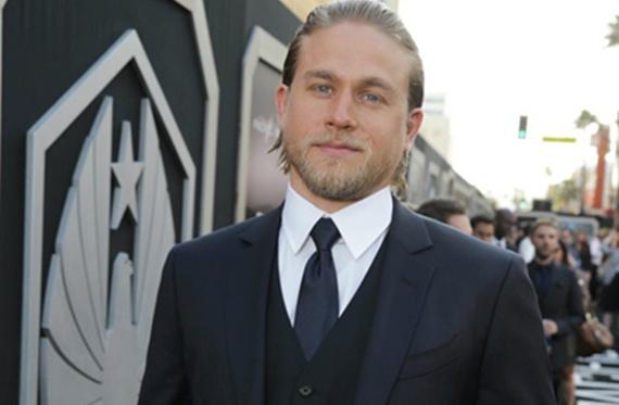 Charlie Humman Charlie Hunnam abandona el rodaje de '50 Sombras de Grey'