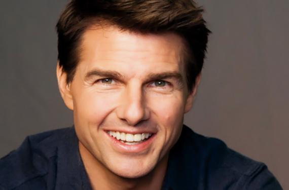 corazon120 Tom Cruise quiere recuperar desesperadamente a Katie Holmes